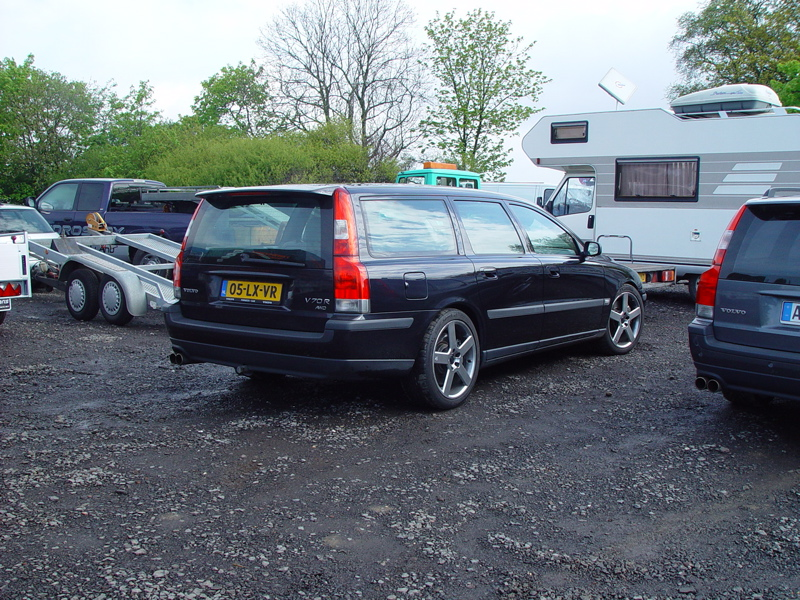 0 volvo trailer hitch on v70r 2004 2007 v70r volvo v70r 2006 Volvo XC70 at creativeand.co